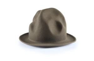 Pharrellhat_12000dollars_aution