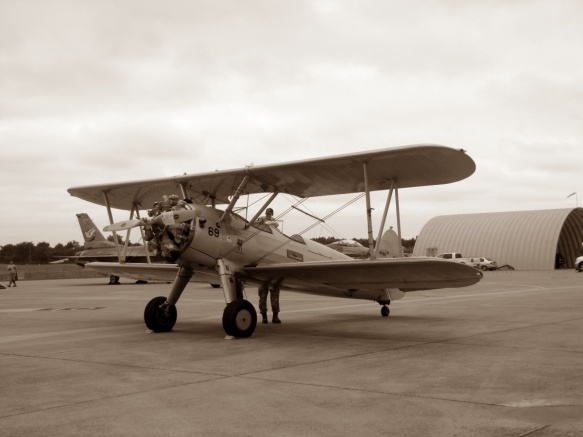 bi-plane-tulsa-air-guard-family-day