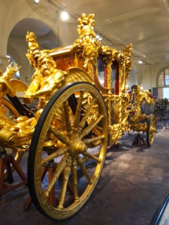 gold_carriage_rev