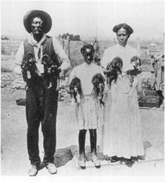 Afam_pioneer_family